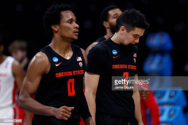 Jarod Lucas of the Oregon State Beavers reacts against the Houston Cougars during the second half in the Elite Eight round of the 2021 NCAA Men's...