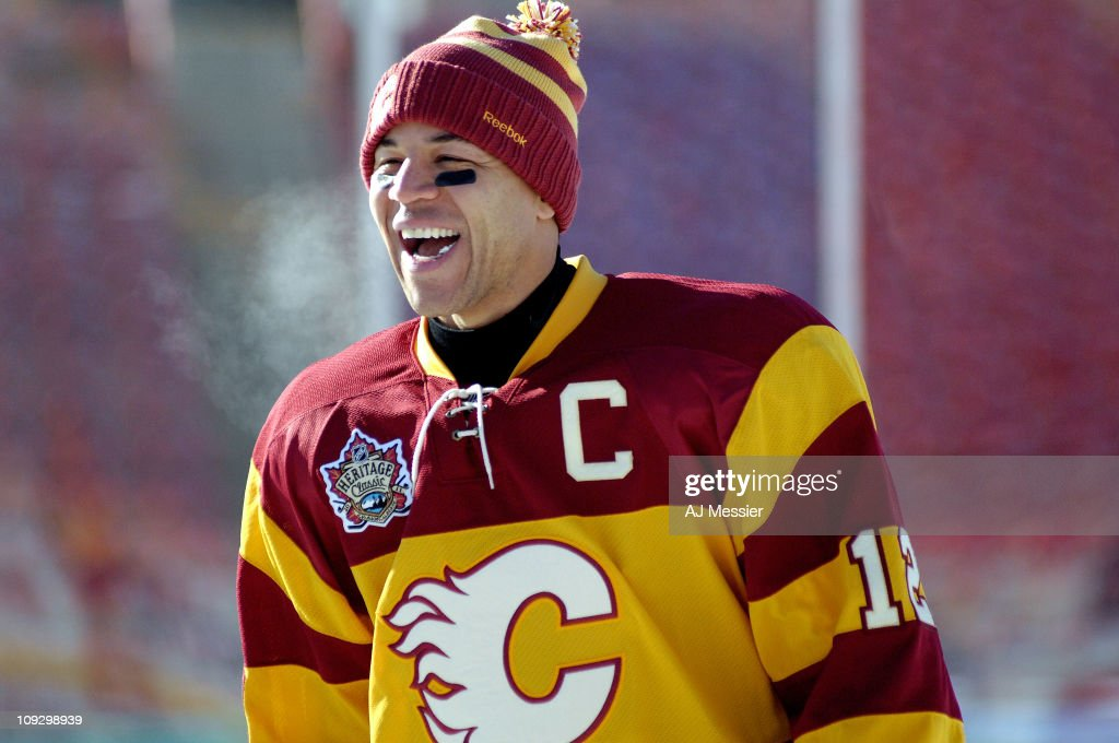 2011 Heritage Classic - Calgary Flames Practice : News Photo