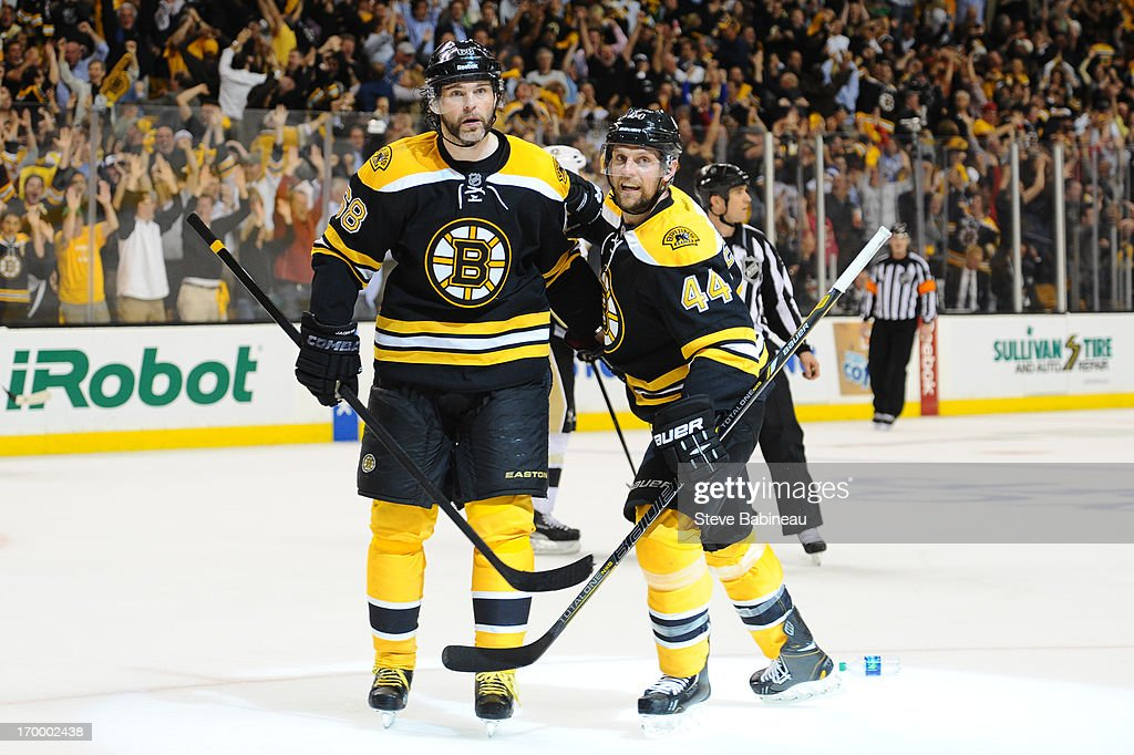 best website ec3bc dc57c Jaromir Jagr and Dennis Seidenberg of the Boston Bruins ...