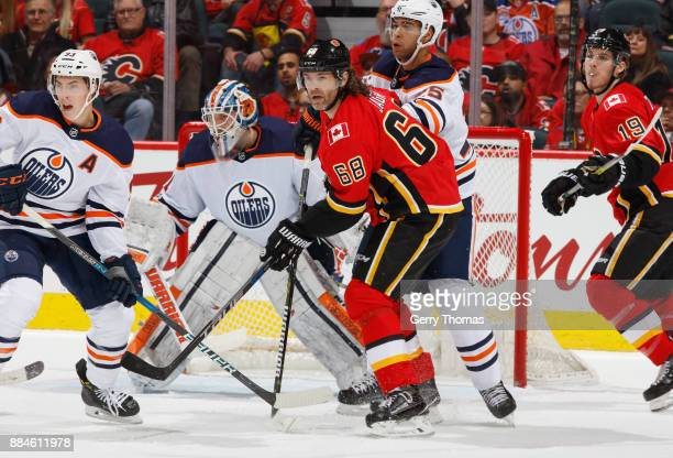 Jaromir Jagr of the Calgary Flames battles in front of the net against the Edmonton Oilers at Scotiabank Saddledome on December 2 2017 in Calgary...