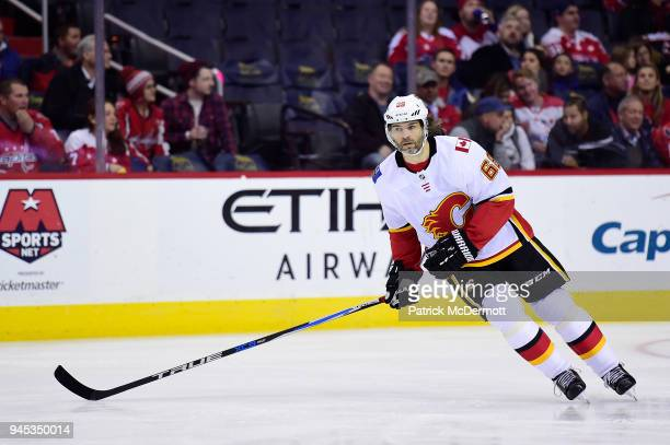 Jaromir Jagr of the Calgary Flames skates in the first period against the Washington Capitals at Capital One Arena on November 20 2017 in Washington...