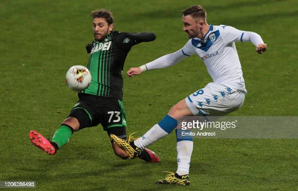 Jaromir Zmrhal of Brescia Calcio is challenged by Manuel Locatelli of US Sassuolo during the Serie A match between US Sassuolo and Brescia Calcio at...