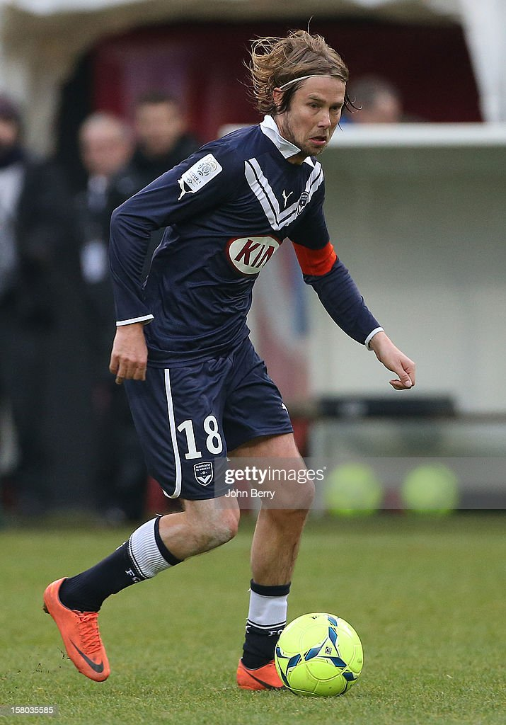 Jaroslav Plasil of Bordeaux in action during the French Ligue 1 match between Stade de Reims and Girondins de Bordeaux at the Stade Auguste Delaune on December 9, 2012 in Reims, France.