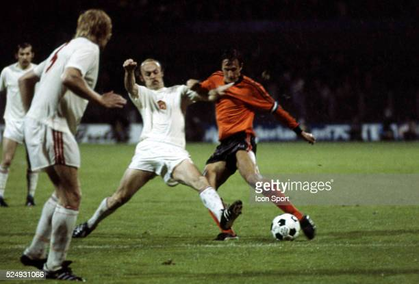 Jaroslav Pollak of Czechoslovakia and Johan Cruyff of Holland during the European Championship between Czechoslovakia and Holland in Stadium Maksimir...