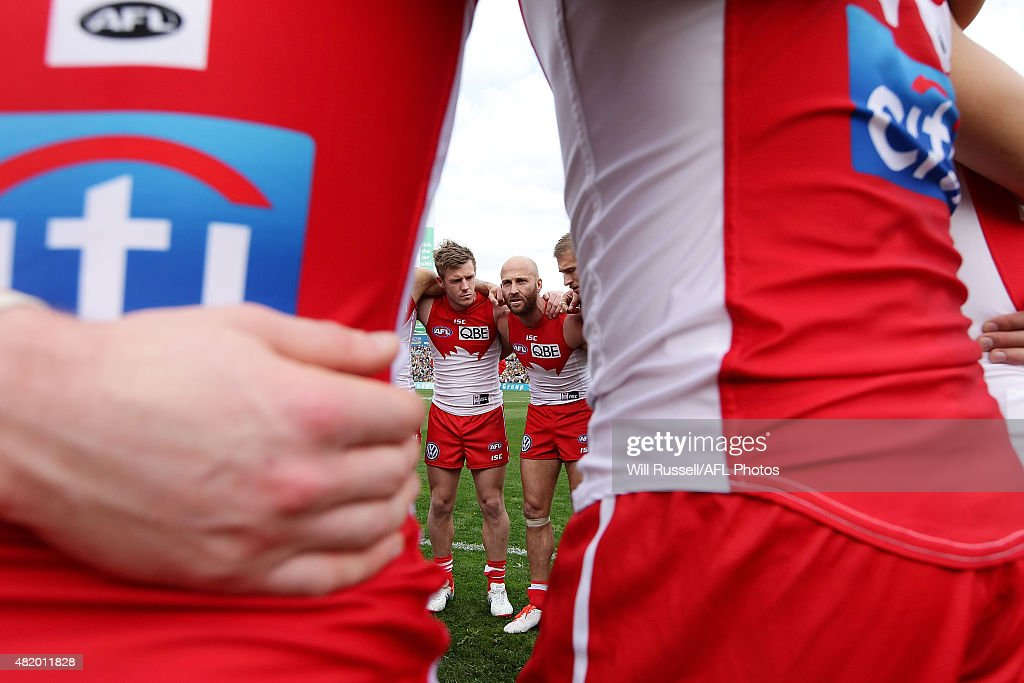 Jarrad McVeigh of the Swans speaks to the huddle at the start of the game during the round 17 AFL match between the West Coast Eagles and the Sydney Swans at Domain Stadium on July 26, 2015 in Perth, Australia.