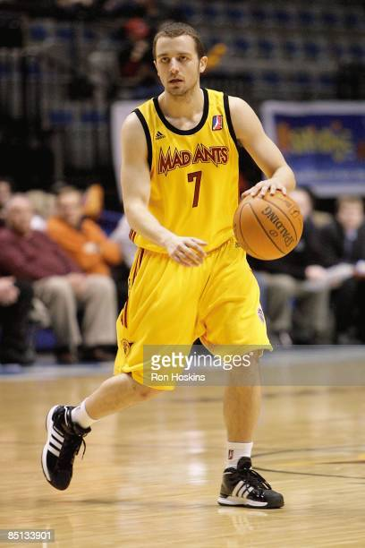 Jarred Axon of the Fort Wayne Mad Ants drives the ball to the basket during the DLeague game against the Sioux Falls Skyforce on February 19 2009 at...