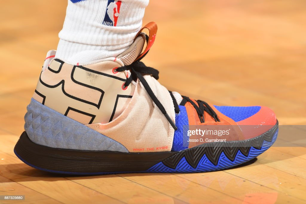 Jarrett Jack #55 of the New York Knicks showcases his sneakers against the Memphis Grizzlies at Madison Square Garden on December 6, 2017 in New York,New York