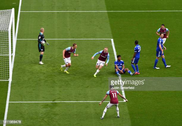 Jarrod Bowen of West Ham United celebrates after scoring their side's third goal during the Premier League match between West Ham United and...