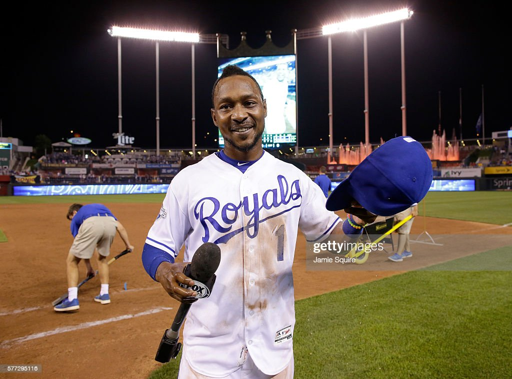 Jarrod Dyson #1 of the Kansas City Royals celebrates after the Royals defeated the Cleveland Indians 7-3-to win the game at Kauffman Stadium on July 18, 2016 in Kansas City, Missouri.