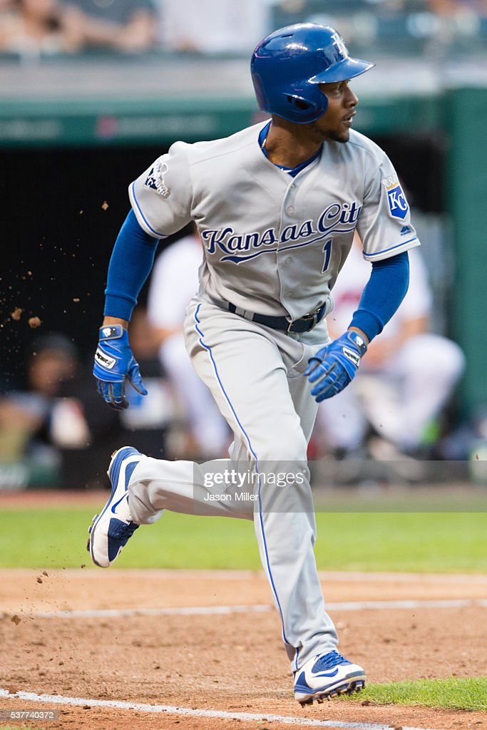 Jarrod Dyson #1 of the Kansas City Royals hits an RBI single scoring Reymond Fuentes #34 during the fourth inning against the Cleveland Indians at Progressive Field on June 2, 2016 in Cleveland, Ohio.