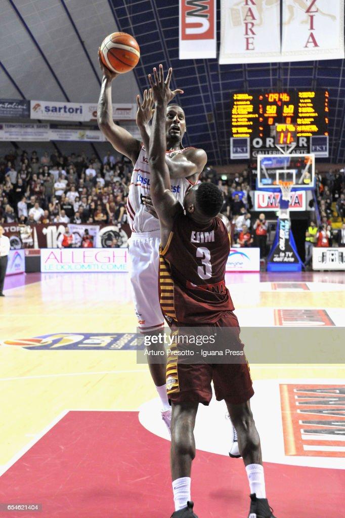 Reyer Umana Venezia v Consultinvest Pesaro - Legabasket Serie A