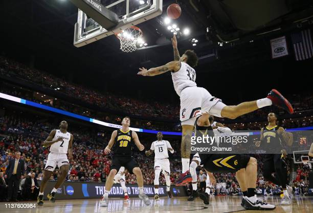 Jarron Cumberland of the Cincinnati Bearcats shoots the ball during the first half against the Iowa Hawkeyes in the first round of the 2019 NCAA...