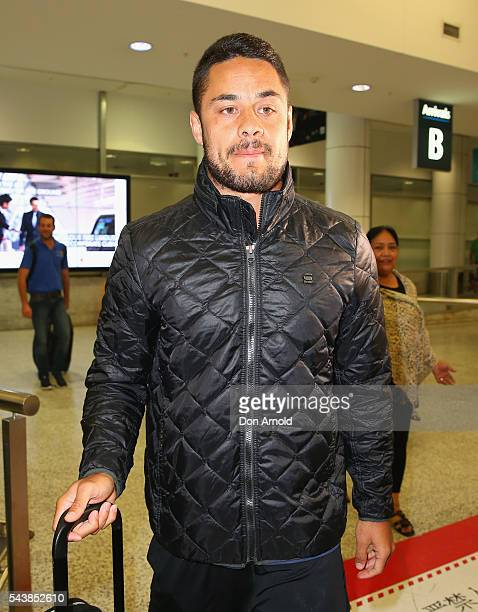 Jarryd Hayne arrivesl at Sydney International Airport on June 30 2016 in Sydney Australia Radradra has been in Fiji on an extended break from the...