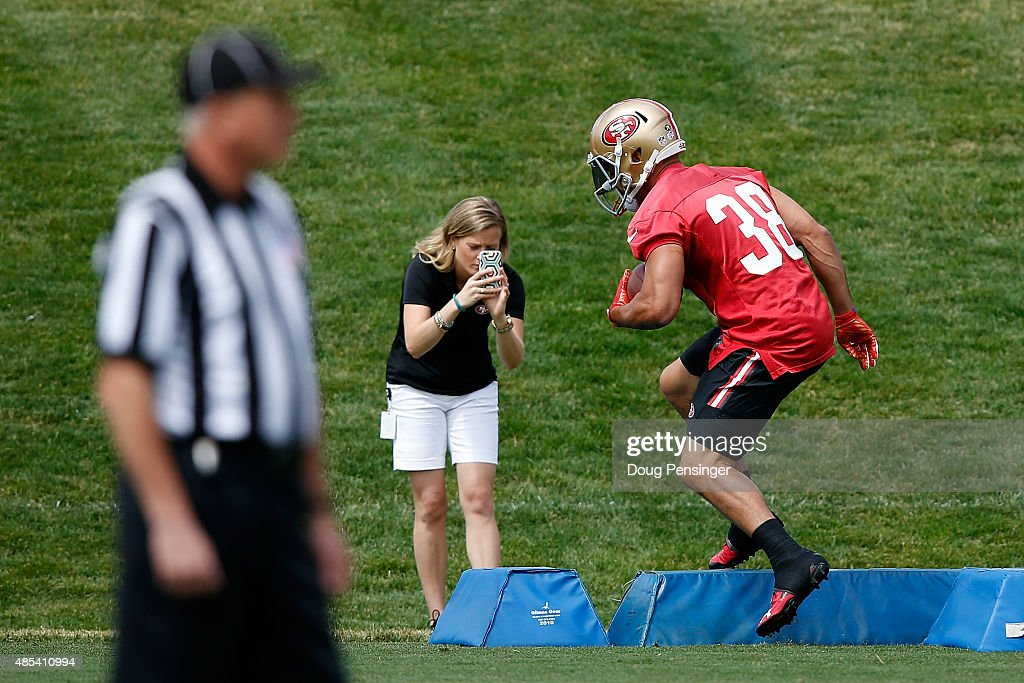 Jarryd Hayne #38 of the San Francisco 49ers works out during a joint training session with the San Francisco 49ers and the Denver Broncos at the Denver Broncos Training Facility on August 27, 2015 in Englewood, Colorado.