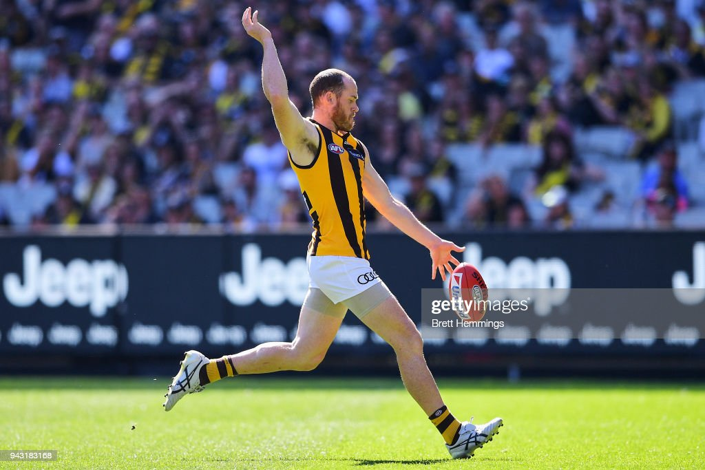 Jarryd Roughead of the Hawks kicks a goal during the round three AFL match between the Richmond Tigers and the Hawthorn Hawks at Melbourne Cricket Ground on April 8, 2018 in Melbourne, Australia.