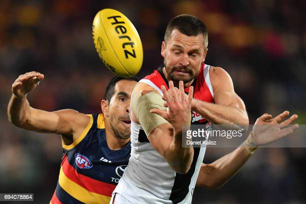 Jarryn Geary of the Saints handballs during the round 12 AFL match between the Adelaide Crows and the St Kilda Saints at Adelaide Oval on June 9 2017...