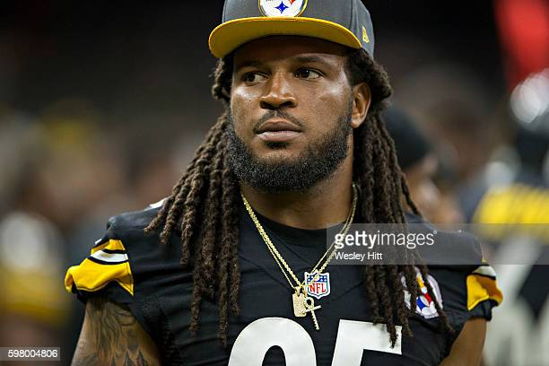 Jarvis Jones of the Pittsburgh Steelers on the sidelines during a preseason game against the New Orleans Saints at MercedesBenz Superdome on August...