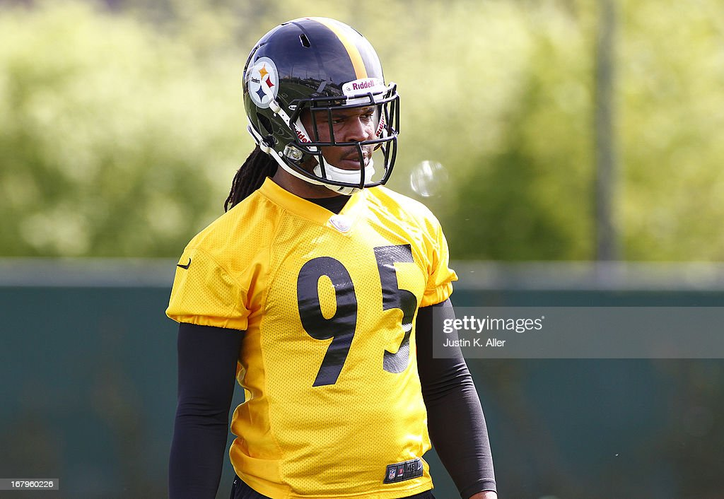 Jarvis Jones #95 of the Pittsburgh Steelers participates in drills during Rookie Camp on May 3, 2013 at UPMC Sports Complex in Pittsburgh, Pennsylvania.