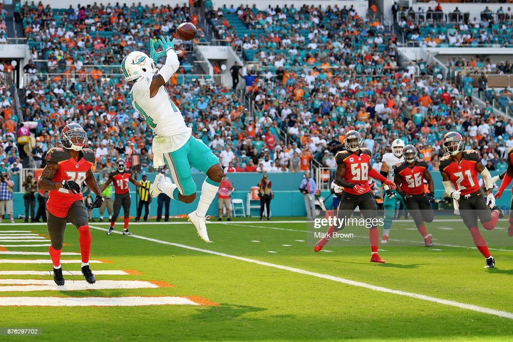 Tampa Bay Buccaneers vMiami Dolphins