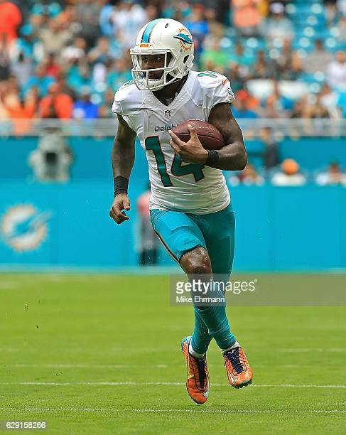 Jarvis Landry the Miami Dolphins rushes during a game against the Arizona Cardinals at Hard Rock Stadium on December 11 2016 in Miami Gardens Florida