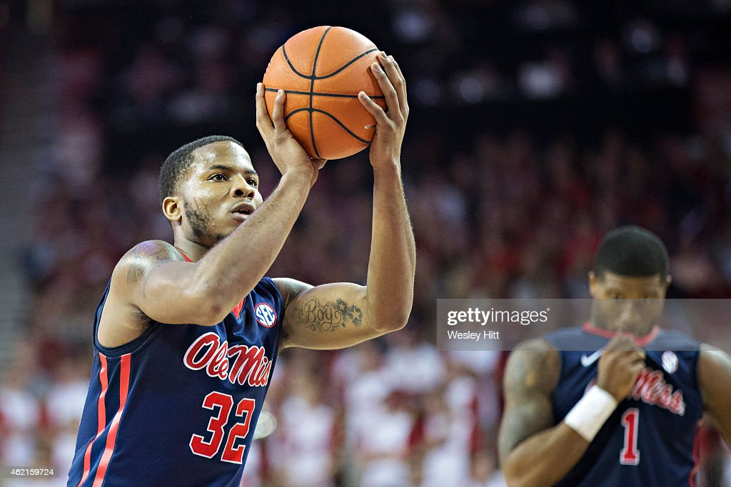 Ole Miss Rebels v Arkansas Razorbacks : News Photo