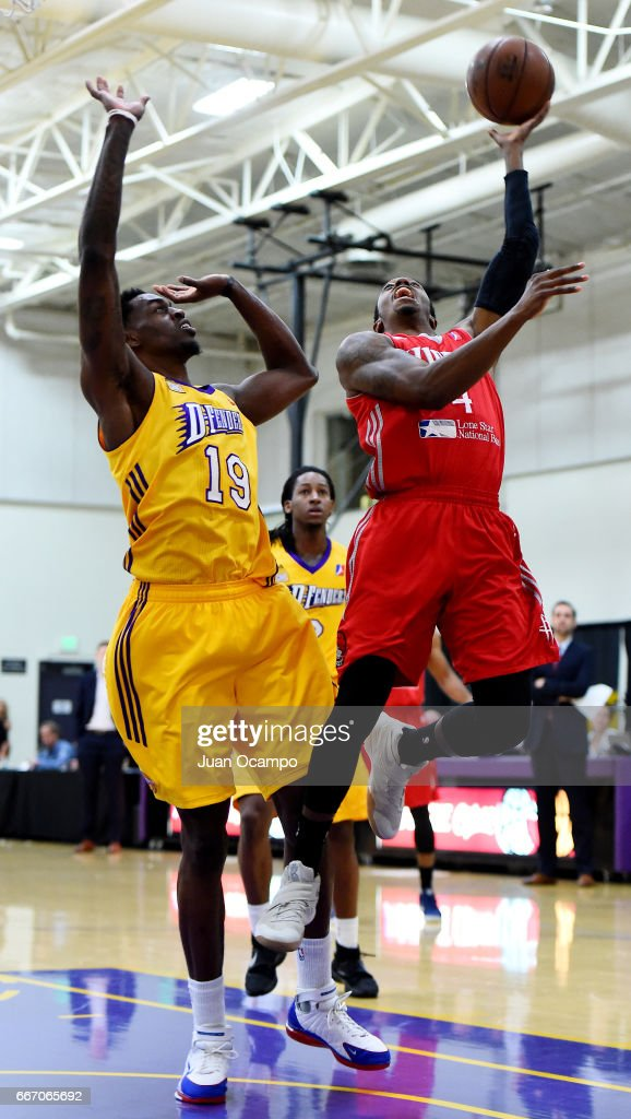 Jarvis Threatt #4 of the Rio Grande Valley Vipers goes to the basket against Deshawn Stephens #19 of the Los Angeles D-Fenders in Game Three of the Western Division SemiFinals on April 10, 2017 at Toyota Sports Center in El Segundo, California.