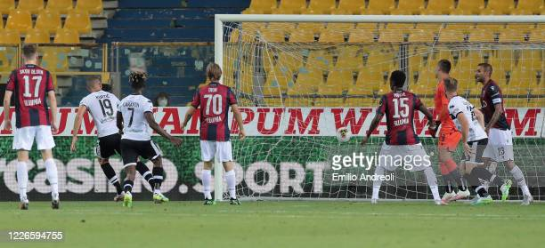 Jasmin Kurtic of Parma Calcio scores his goal during the Serie A match between Parma Calcio and Bologna FC at Stadio Ennio Tardini on July 12 2020 in...