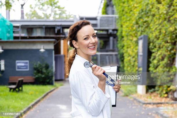 """Jasmin Wagner poses during a photocall for the tv series """"Alles was zählt"""" at MMC Studios on August 12, 2021 in Cologne, Germany."""