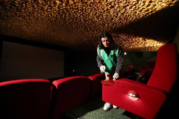 NZL: Auckland Cinema Reopens Following Coronavirus Shut Down