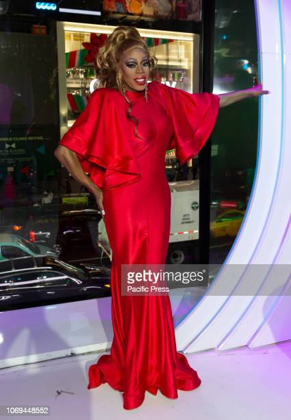 Jasmine Masters attends Meet the Queens of RuPauls Drag Race All Stars by VH1 at TRL Studios