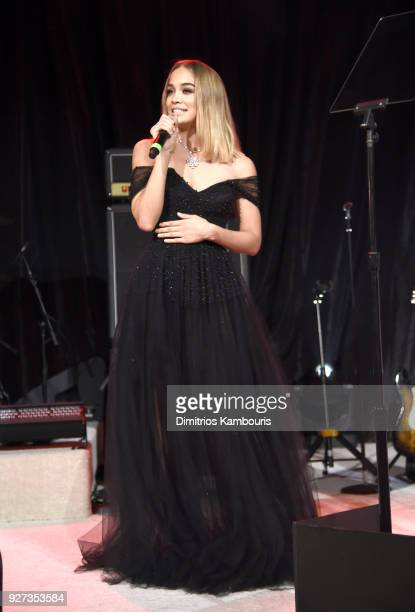 Jasmine Sanders attends the 26th annual Elton John AIDS Foundation Academy Awards Viewing Party sponsored by Bulgari celebrating EJAF and the 90th...