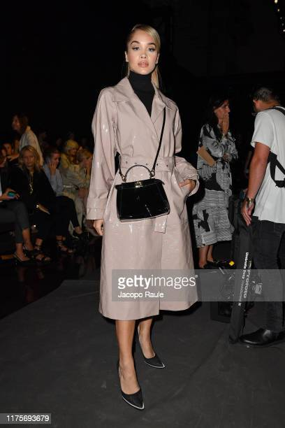 Jasmine Sanders attends the Fendi fashion show during the Milan Fashion Week Spring/Summer 2020 on September 19 2019 in Milan Italy