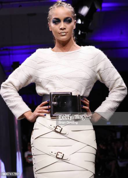 Jasmine Sanders walks the runway during the Maybelline Show 'Urban Catwalk Faces of New York' at Vollgutlager on January 18 2018 in Berlin Germany