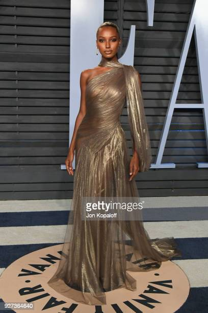 Jasmine Tookes attends the 2018 Vanity Fair Oscar Party hosted by Radhika Jones at Wallis Annenberg Center for the Performing Arts on March 4 2018 in...