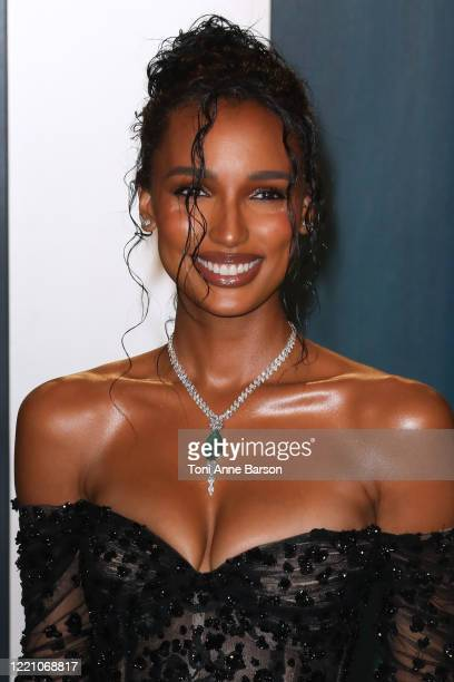 Jasmine Tookes attends the 2020 Vanity Fair Oscar Party at Wallis Annenberg Center for the Performing Arts on February 09 2020 in Beverly Hills...