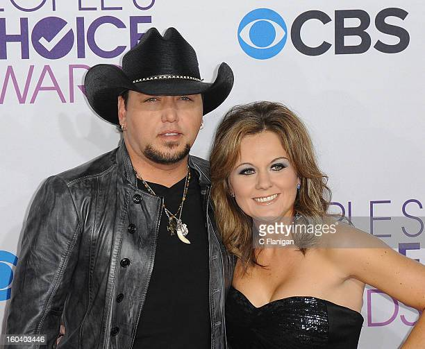 Jason Aldean and Jessica Aldean arrive at the 2013 People's Choice Awards at Nokia Theatre L.A. Live on January 9, 2013 in Los Angeles, California.