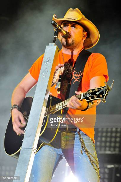 Jason Aldean performs at the 2014 Stagecoach Country Music Festival - Day 2 at the Empire Polo Club on April 26, 2014 in Indio, California.