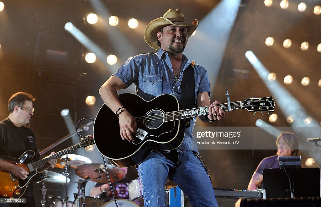 Jason Aldean performs during Keith Urban's Fourth annual We're All For The Hall benefit concert at Bridgestone Arena on April 16, 2013 in Nashville, Tennessee.