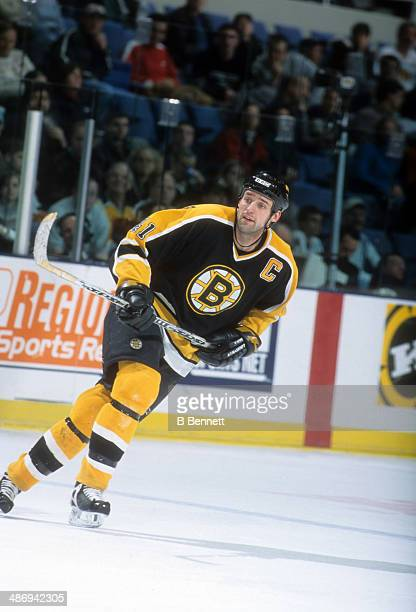 Jason Allison of the Boston Bruins skates on the ice during an NHL game against the New York Islanders circa 2001 at the Nassau Coliseum in Uniondale...