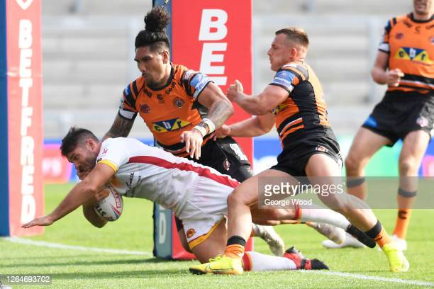Jason Baitieri of Catalans Dragons scores his sides seventh try during the Betfred Super League match between Catalans Dragons and Castleford Tigers...