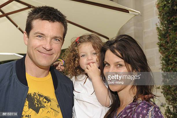 BEVERLY HILLS CA MAY 31 Jason Bateman and Family attend The 3rd Annual Kidstock Music and Arts Festival at Greystone Mansion on May 31 2009 in...