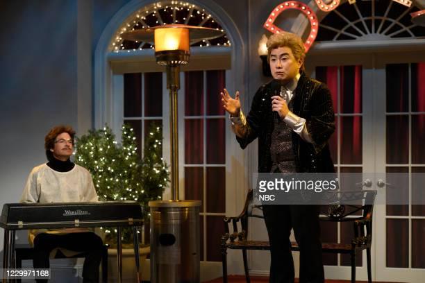 "Jason Bateman"" Episode 1792 -- Pictured: Jason Bateman and Bowen Yang during the ""Outdoor Cabaret"" sketch on Saturday, December 5, 2020 --"