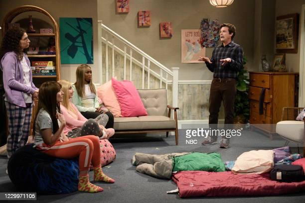 """Jason Bateman"""" Episode 1792 -- Pictured: Melissa Villaseñor, Chloe Fineman, Heidi Gardner, Ego Nwodim, and host Jason Bateman during the """"Sleepover..."""