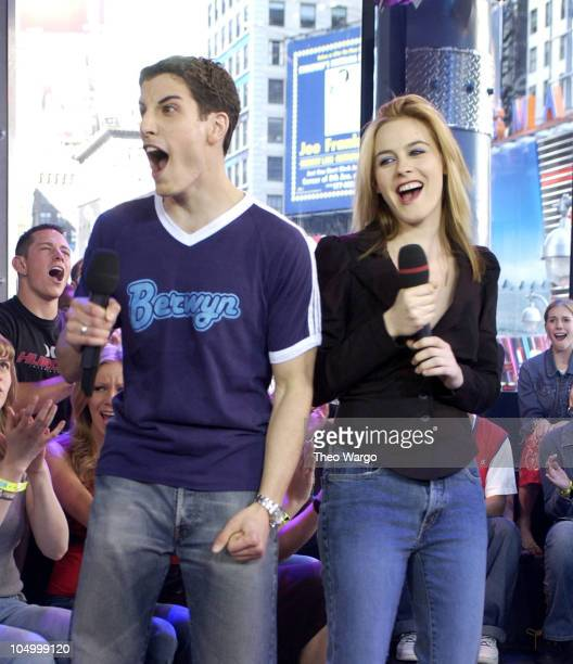 Jason Biggs and Alicia Silverstone during Alicia Silverstone and Jason Biggs Visit MTV's 'TRL' May 10 2002 at MTV Times Square Studios in New York...