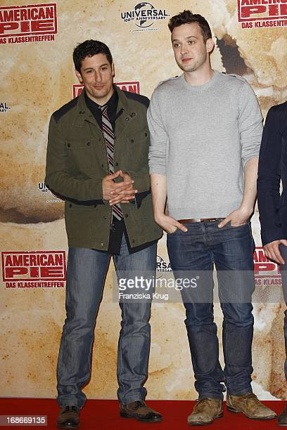 Jason Biggs Eddie Kaye Thomas at photocall for the movie American Pie Reunion in Berlin on 29th of March