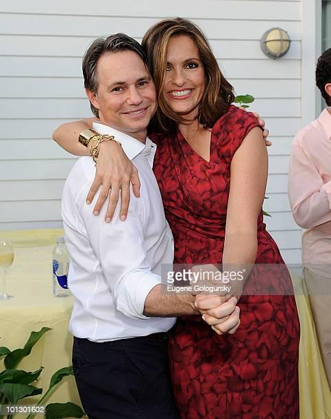 Jason Binn and Mariska Hargitay attend a Memorial Day party on May 30 2010 in Southampton New York