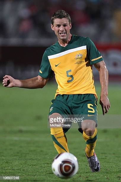 Jason Culina of Australia passes during the International Friendly match between Egypt and Australia at the Cairo International Stadium on November...
