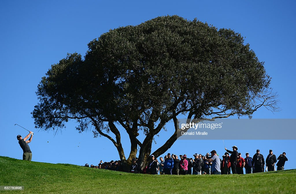 Jason Day of Australia plays his shot from the third tee during the first round of the Farmers Insurance Open at Torrey Pines South on January 26, 2017 in San Diego, California.