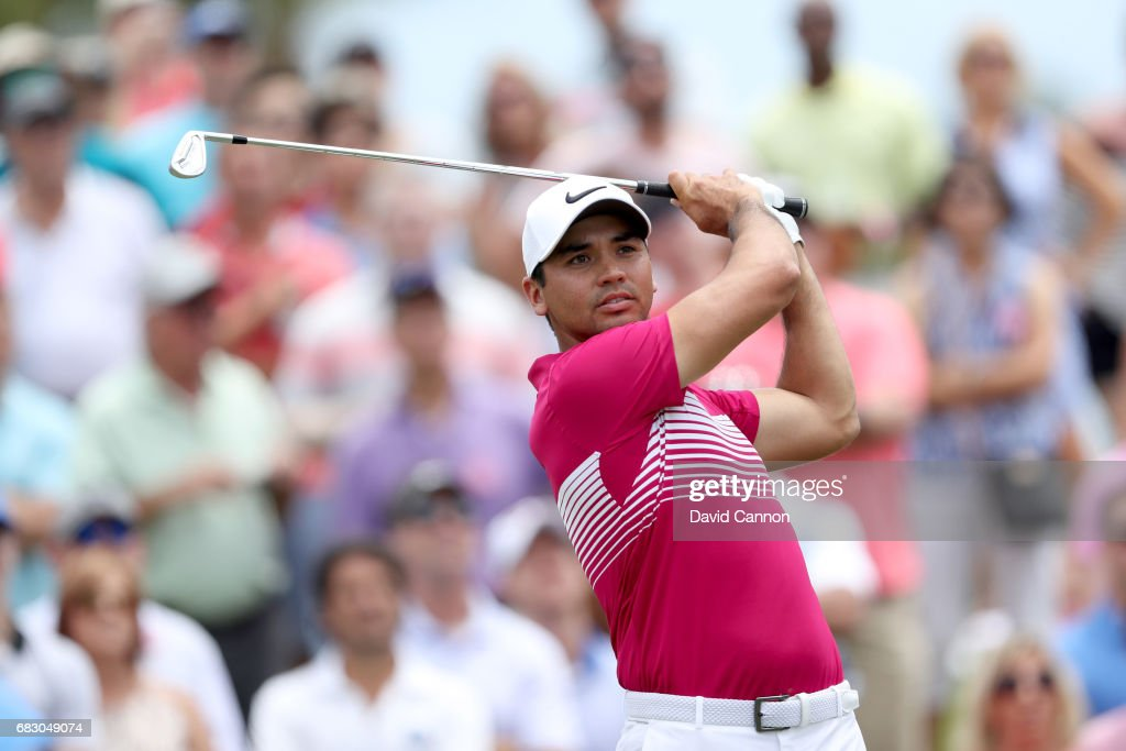 Jason Day of Australia plays his tee shot on the par 3, third hole during the final round of the THE PLAYERS Championship on the Stadium Course at TPC Sawgrass on May 14, 2017 in Ponte Vedra Beach, Florida.