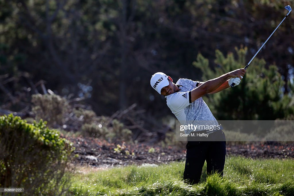 Jason Day of Australia plays his tee shot on the third hole during the first round of the AT&T Pebble Beach National Pro-Am at the Spyglass Hill Golf Course on on February 11, 2016 in Pebble Beach, California.